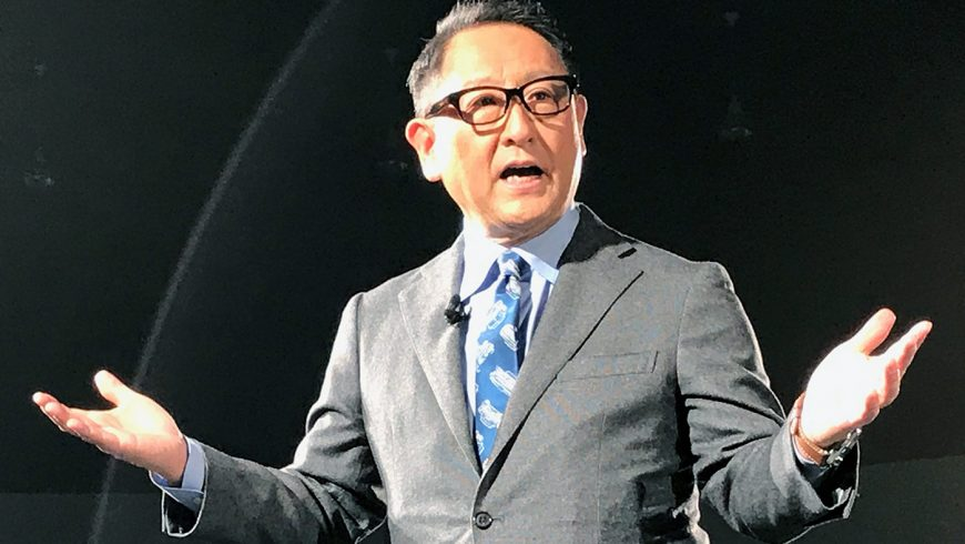 Akio Toyoda: i vantaggi delle auto elettriche sono sovrastimati